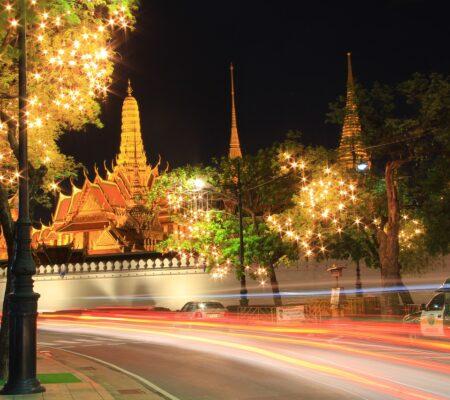 temple-of-the-emerald-buddha-978807_1280